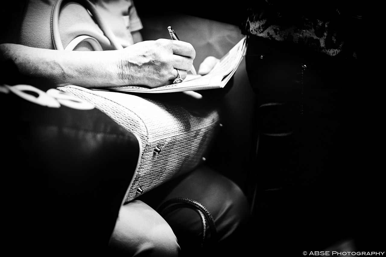 IMAGE: http://blog.absephotography.com/wp-content/uploads/2015/08/paris-france-black-and-white-hands-metro-undeground-22.jpg