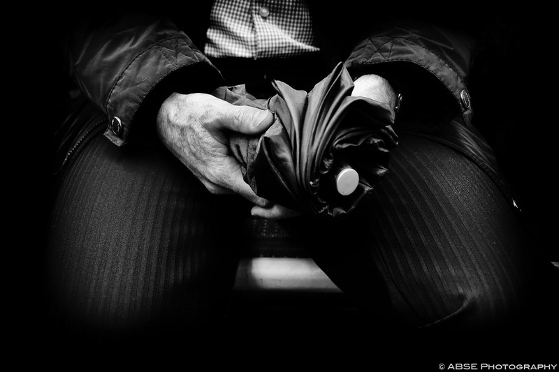IMAGE: http://blog.absephotography.com/wp-content/uploads/2015/11/paris-france-black-and-white-hands-metro-undeground-04-800x533.jpg