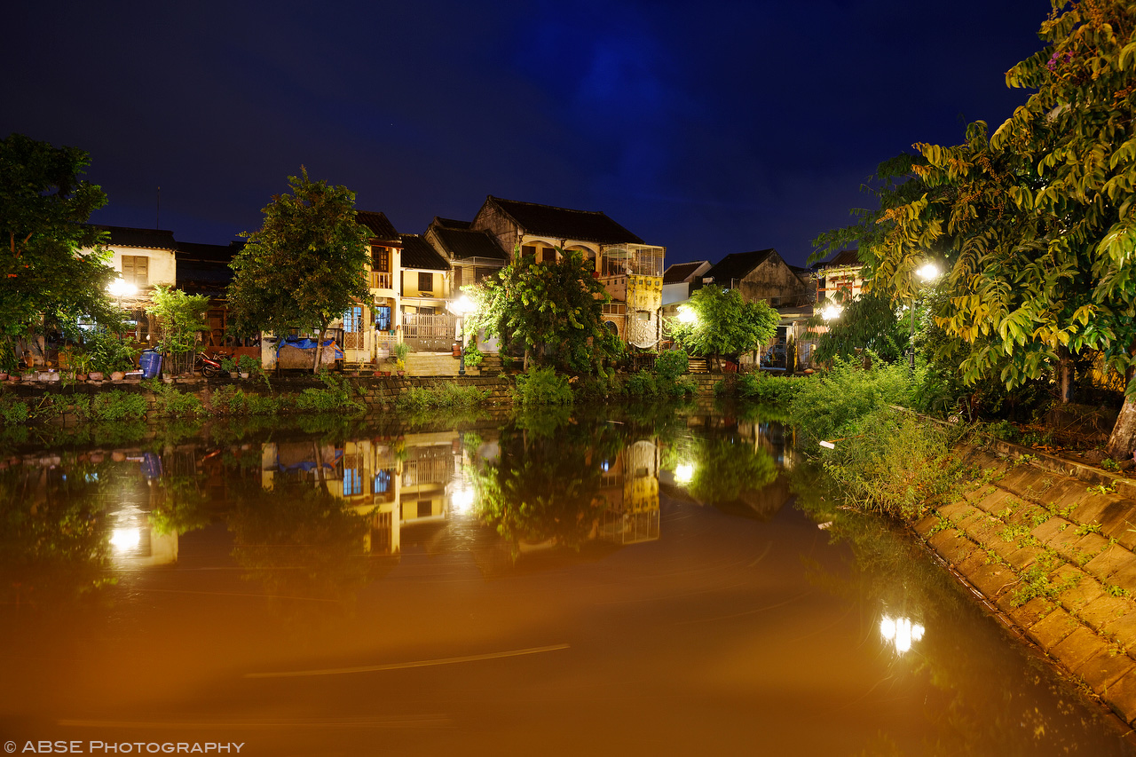 IMAGE: http://blog.absephotography.com/wp-content/uploads/2017/08/hoian-vietnam-water-long-exposure-nd-filter-city-urban.jpg