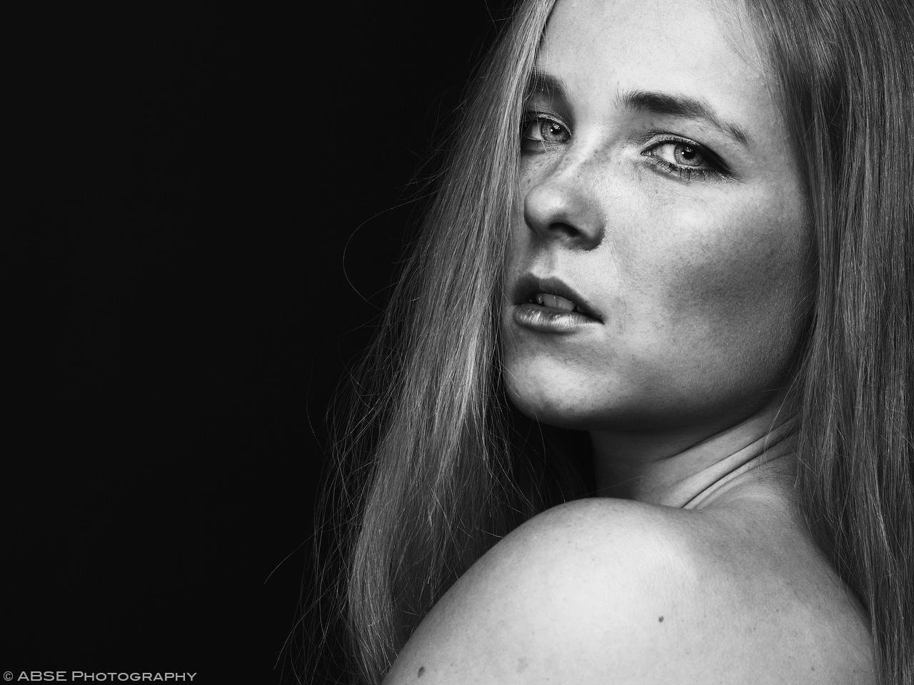IMAGE: http://blog.absephotography.com/wp-content/uploads/2017/10/aurora-nordica-portrait-studio-black-and-white-2.jpg