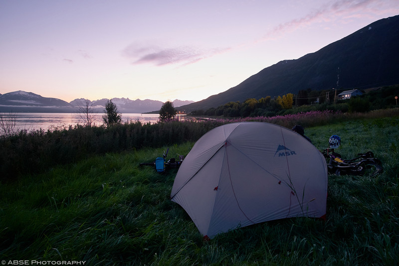 http://blog.absephotography.com/wp-content/uploads/2018/02/Trollvik-norway-camping-sunset-msr-mountainbike-mountains-sea-800x533.jpg