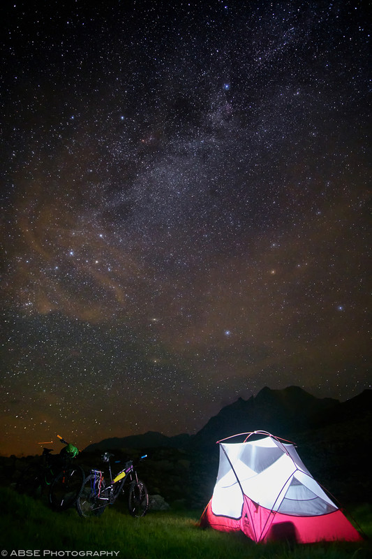 http://blog.absephotography.com/wp-content/uploads/2018/08/mtb-mountainbike-bikpacking-camping-tirol-stars-night-longexposure-533x800.jpg