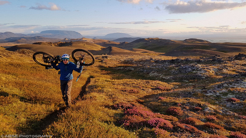 http://blog.absephotography.com/wp-content/uploads/2019/03/iceland-myvatn-mountain-bike-bikepacking-landscape-sunset-krafla-001-800x450.jpg