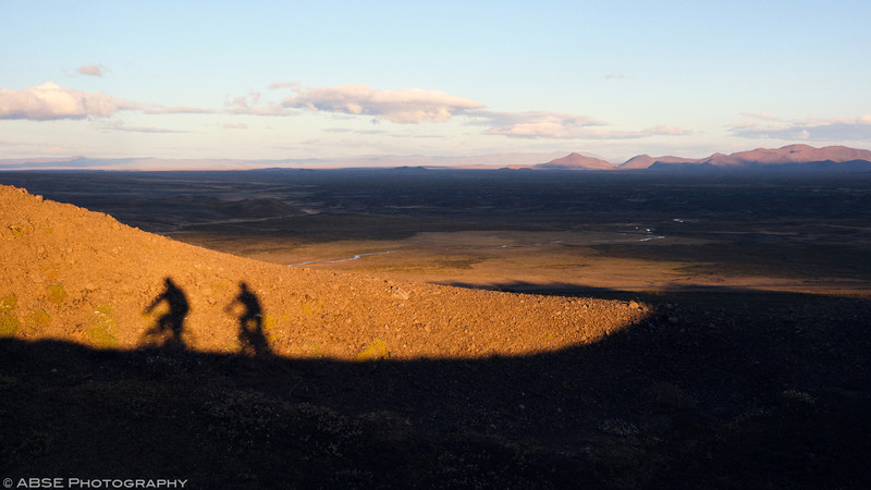 http://blog.absephotography.com/wp-content/uploads/2019/03/iceland-myvatn-mountain-bike-bikepacking-landscape-sunset-krafla-003-800x450.jpg